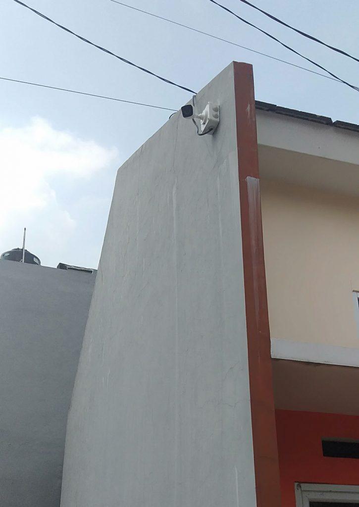 Jasa pasang cctv murah - area luar dinding rumah